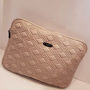 Tumi tan quilted computer case